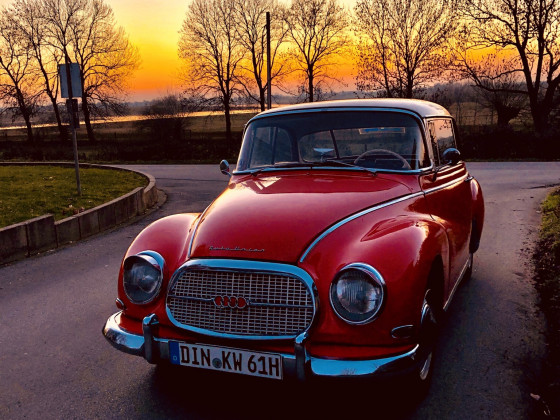 Sonnenuntergang mit AU 1000 S Coupé